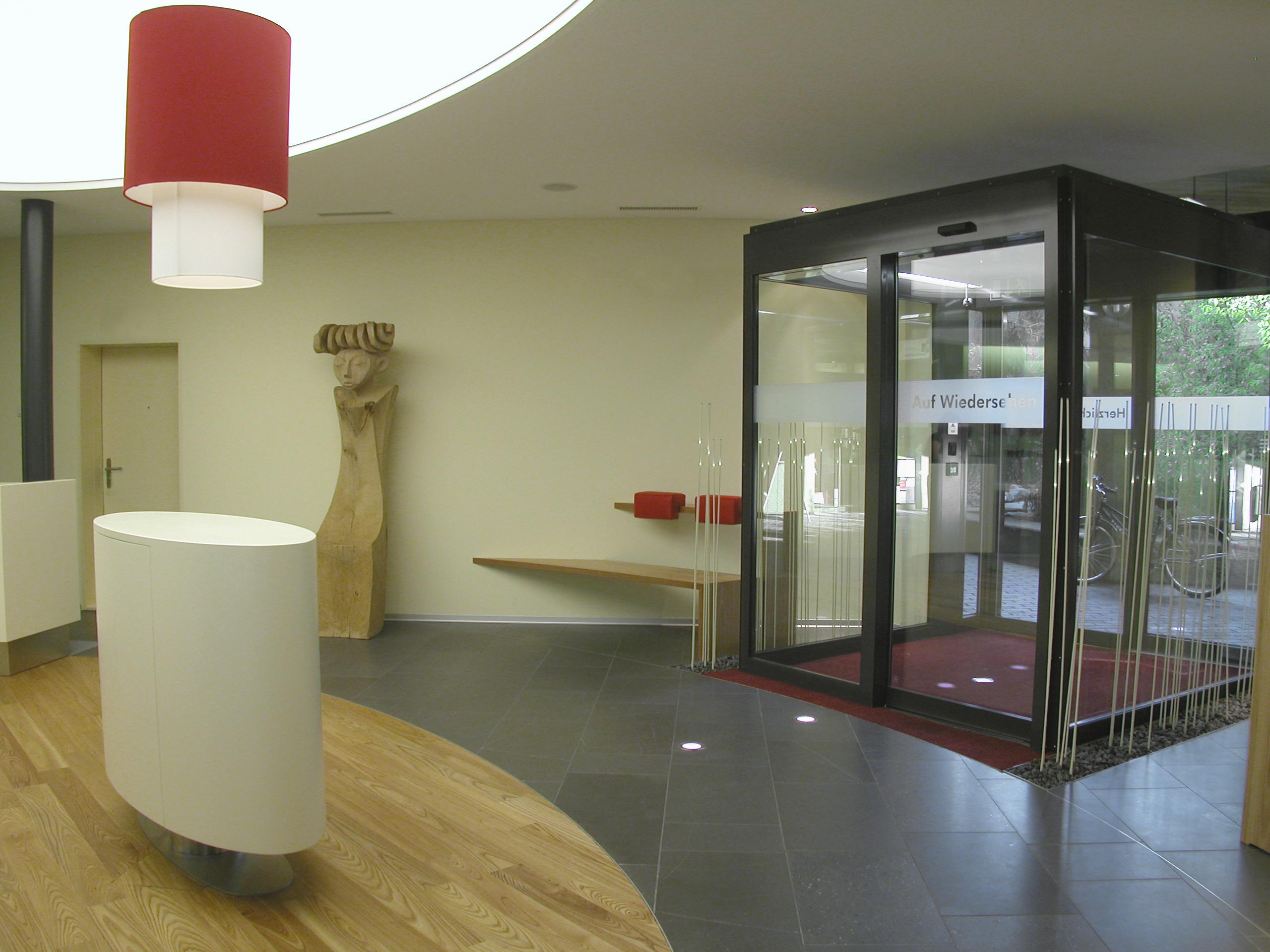 Raiffeisenbank fislisbach innenarchitektur leitgedanke for Design innenarchitektur